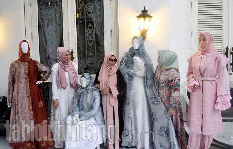 3 Desainer Busana Muslim Gelar Preskon Sambut Indonesia Modest Fashion Week 2017